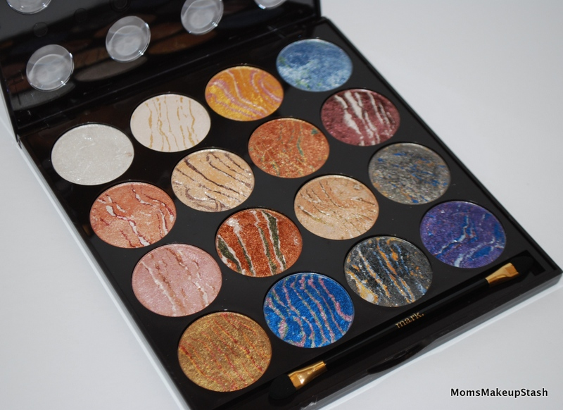 Holiday Exclusive Palettes from Avon & mark!