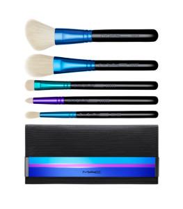 MAC-enchanted-brushes-2015