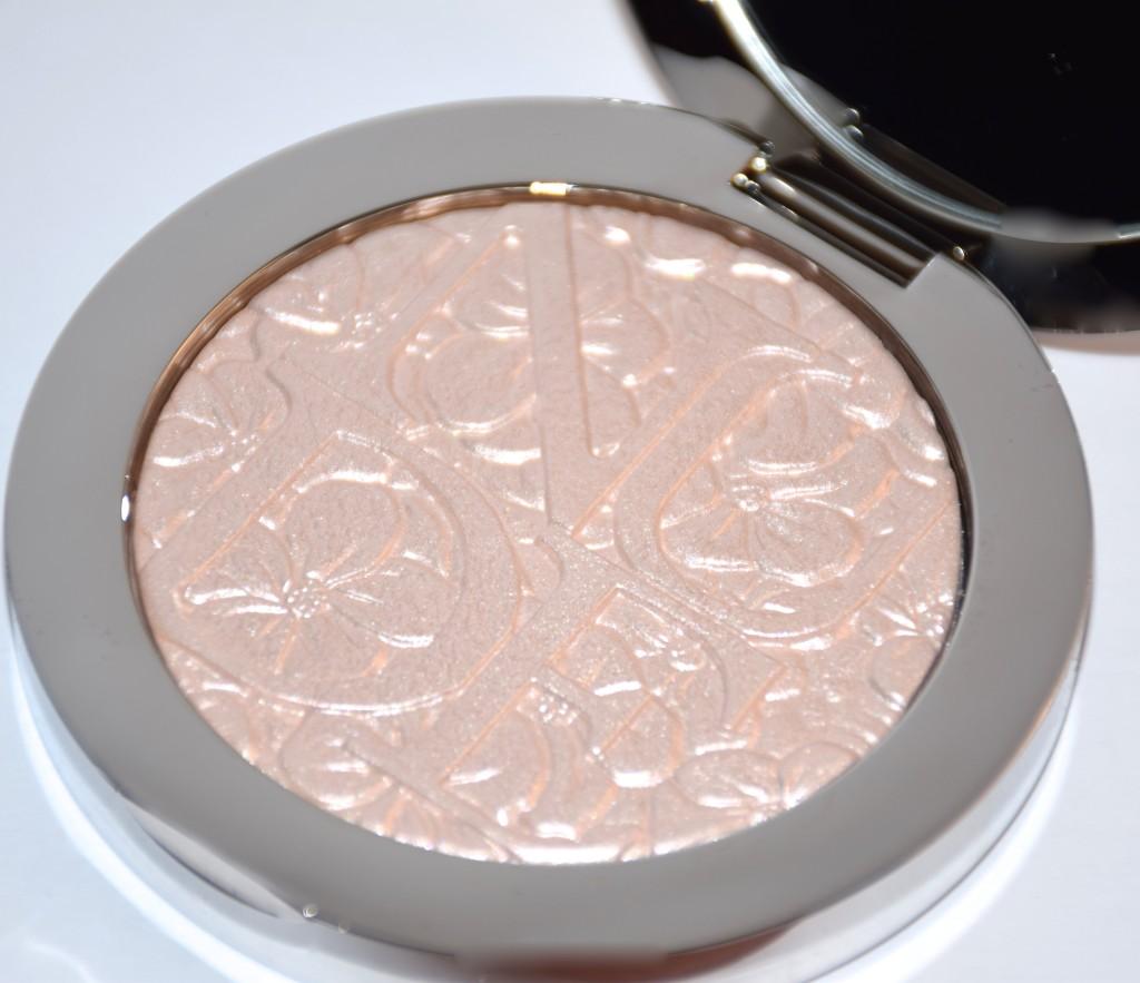 Dior-Illuminating-Powder